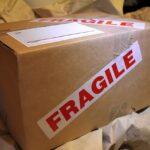 Jak firmy kurierskie oszukują nadawców paczek